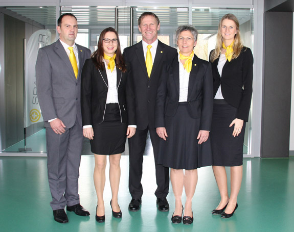 Strong as a team: The three SPANGLER Managing Directors, Tina Lambert (l.), Helmut Graspointner (middle) and Hannelore Spangler (r.) with the two members of the Executive Board, Cornelia Hofmann und Christian Brandmüller.