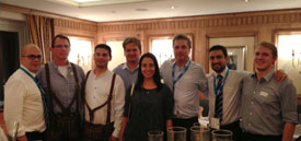 Enjoying a relaxed Bavarian atmosphere: Wolfgang Glasner and Luis Moscardi with customers from Latin America and the United Arab Emirates.