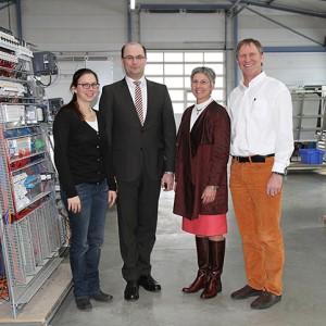 v.l. Tina Lambert, Staatssekretär Albert Füracker, Hannelore Spangler und Helmut Graspointner