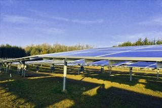newsletter-Solarpanels-in-Schutzstellung-SPANGLER-Automation