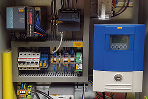Control engineering in a weatherproof control cabinet