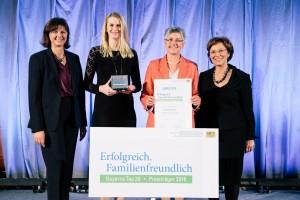 Staatsministerin Ilse Aigner, Cornelia Hofmann, Hannelore Spangler und Staatsministerin Emilia Müller