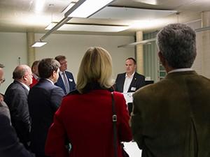 Prokurist Christian Brandmüller stand sowohl in der Firmenführung als auch für Netzwerkgespräche zur Verfügung