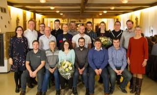 Insgesamt 16 Mitarbeiter wurden für langjährige Betriebszugehörigkeiten geehrt.