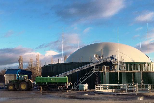 Biogasanlage mit Anlieferung Biomasse
