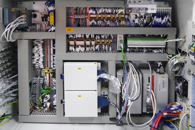 Verbindung von Steuerungstechnik mit IT-Netz